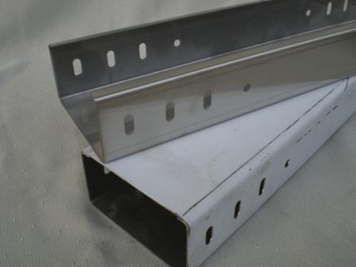 高品质托盘式桥架